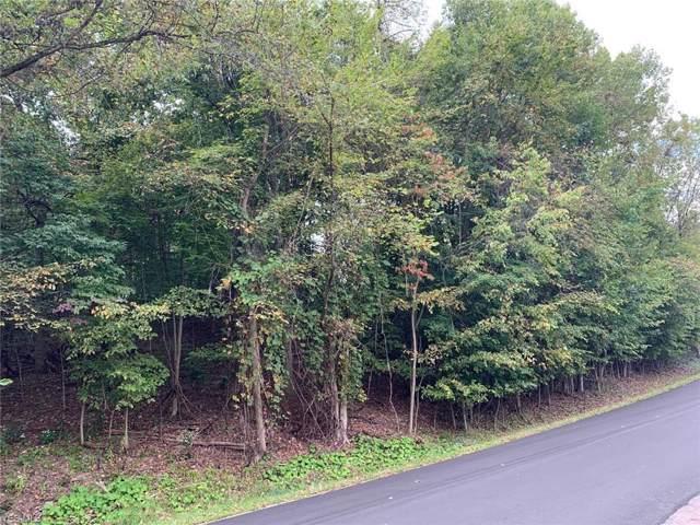 1364 Mohawk Drive W, Malvern, OH 44644 (MLS #4134266) :: The Crockett Team, Howard Hanna