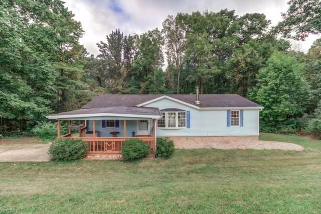 33 San Chez Trail, Malvern, OH 44644 (MLS #4134844) :: The Crockett Team, Howard Hanna