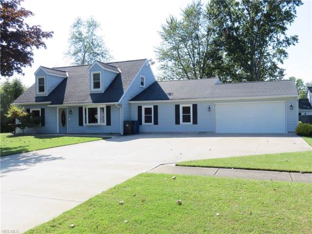 652 Robinwood Avenue, Sheffield Lake, OH 44054 (MLS #4135175) :: The Crockett Team, Howard Hanna