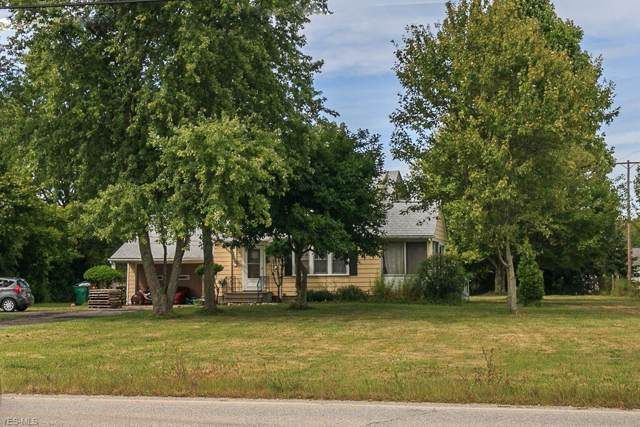 8619 Euclid Chardon Road, Kirtland, OH 44094 (MLS #4143042) :: RE/MAX Trends Realty