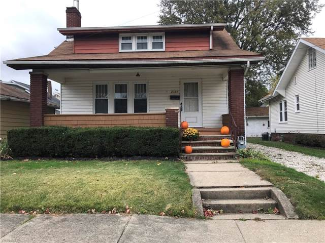2127 S Freedom Avenue, Alliance, OH 44601 (MLS #4143822) :: RE/MAX Valley Real Estate