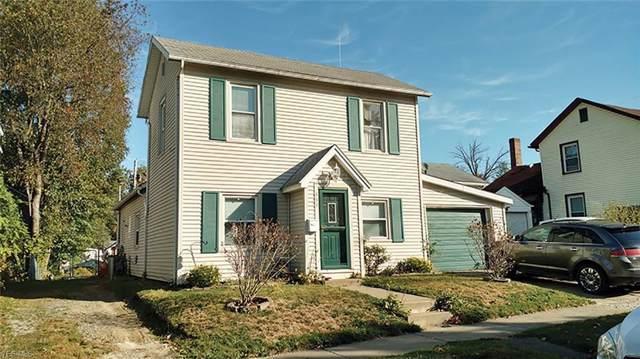 552 E 5th Street, Salem, OH 44460 (MLS #4147879) :: The Crockett Team, Howard Hanna