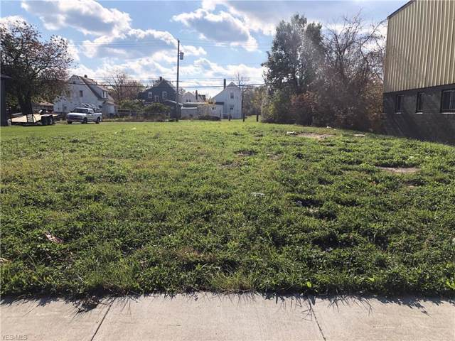 1940 E 28th Street, Lorain, OH 44053 (MLS #4148417) :: RE/MAX Valley Real Estate