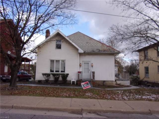 1616 Maple Avenue, Zanesville, OH 43701 (MLS #4149793) :: RE/MAX Trends Realty