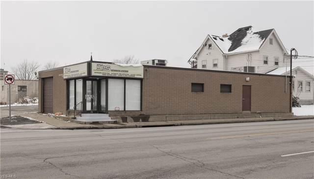 166 Elm Road, Warren, OH 44483 (MLS #4150228) :: The Crockett Team, Howard Hanna