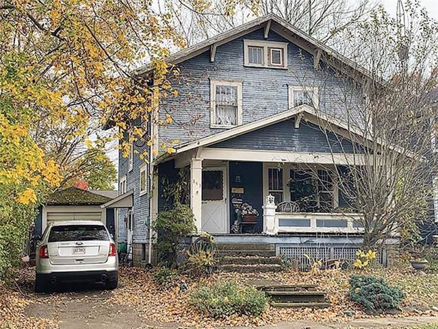 843 Aetna Street, Salem, OH 44460 (MLS #4150652) :: The Crockett Team, Howard Hanna