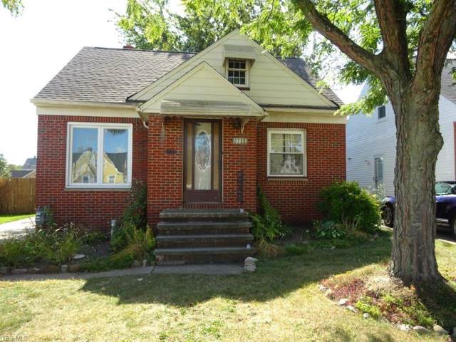 3711 Lincoln Avenue, Parma, OH 44134 (MLS #4151562) :: The Crockett Team, Howard Hanna