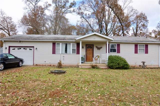 253 S Maple Drive, Mineral Wells, WV 26150 (MLS #4152205) :: The Crockett Team, Howard Hanna