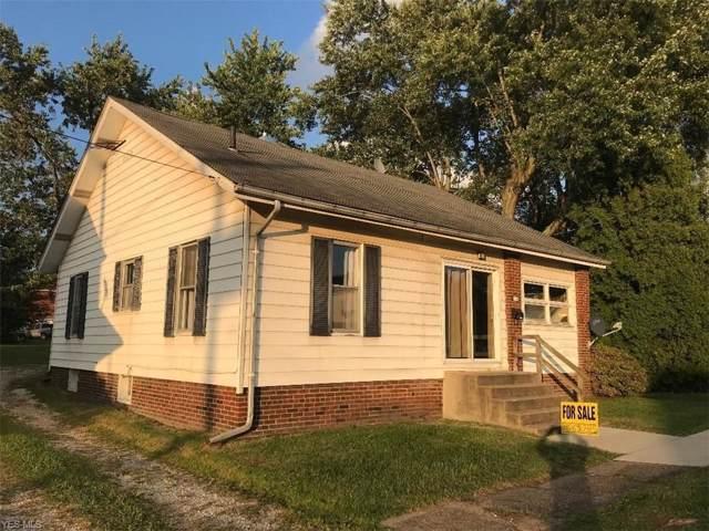 224 5th Street NW, Carrollton, OH 44615 (MLS #4152253) :: The Crockett Team, Howard Hanna