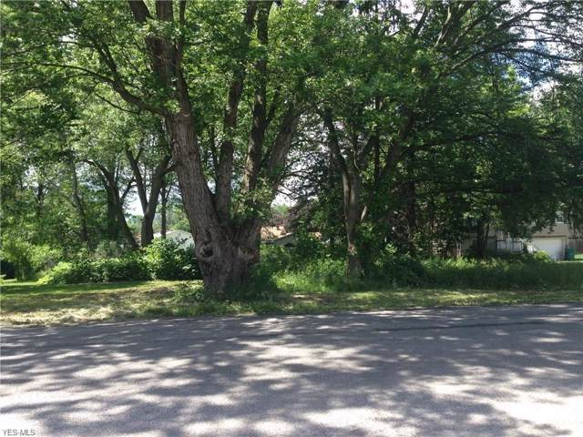 3798 S Raccoon Road, Canfield, OH 44406 (MLS #4153924) :: RE/MAX Valley Real Estate