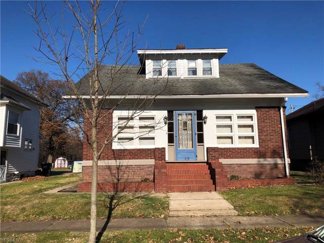 1318 Oak Avenue, Coshocton, OH 43812 (MLS #4154631) :: The Crockett Team, Howard Hanna