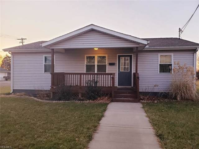 303 N 15th Street, Coshocton, OH 43812 (MLS #4156942) :: RE/MAX Trends Realty