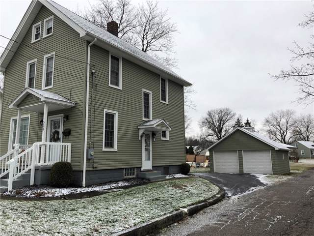 501 Fairfield Avenue, Columbiana, OH 44408 (MLS #4158630) :: RE/MAX Trends Realty