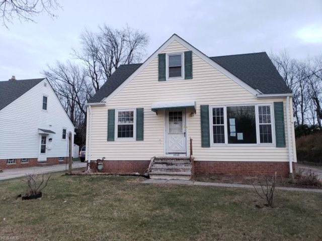 2249 Larchmont Drive, Wickliffe, OH 44092 (MLS #4159155) :: Tammy Grogan and Associates at Cutler Real Estate