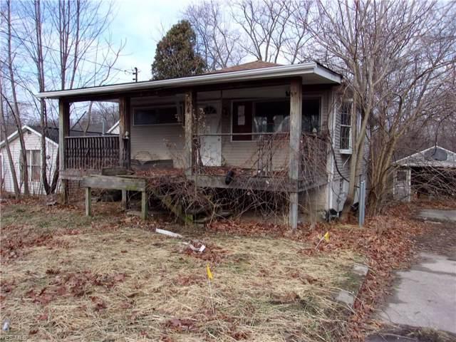 264 W 38th Street, Lorain, OH 44052 (MLS #4160588) :: The Crockett Team, Howard Hanna