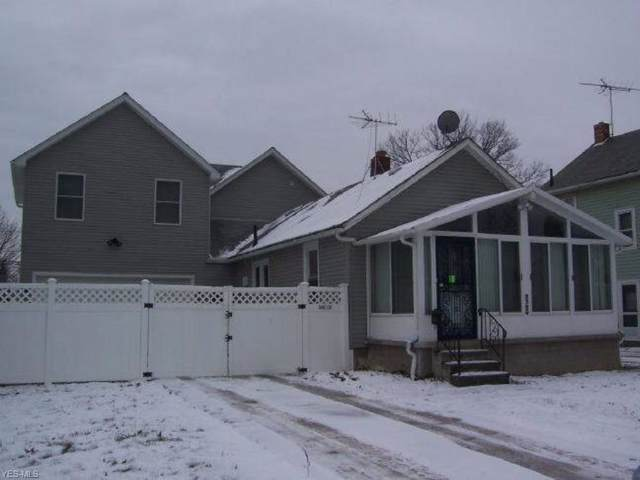 2324 E 30th Street, Lorain, OH 44055 (MLS #4161854) :: RE/MAX Trends Realty