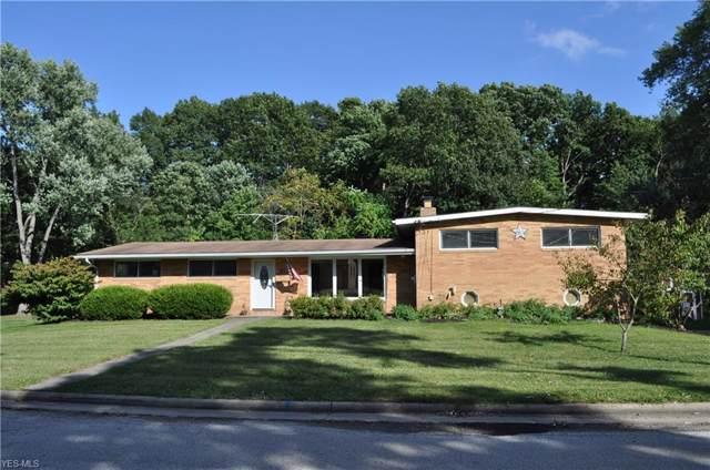 1212 Pleasantview Avenue SE, North Canton, OH 44720 (MLS #4163379) :: The Crockett Team, Howard Hanna