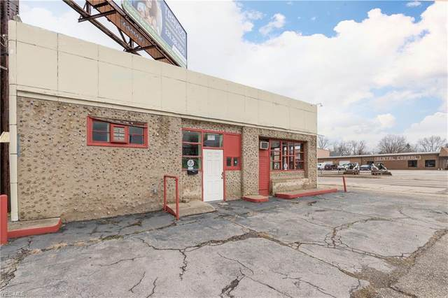 922 Mahoning Avenue NW, Warren, OH 44483 (MLS #4167046) :: RE/MAX Valley Real Estate