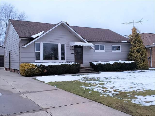 1528 Algiers Drive, Mayfield Heights, OH 44124 (MLS #4167745) :: Tammy Grogan and Associates at Cutler Real Estate