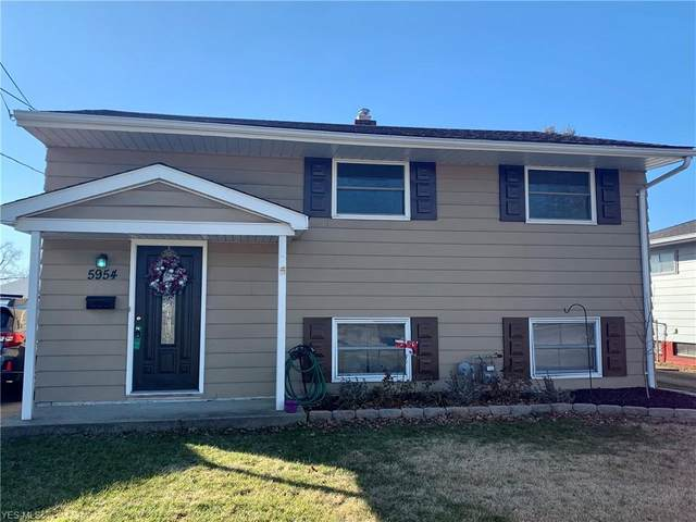 5954 Smith Road, Brook Park, OH 44142 (MLS #4169170) :: RE/MAX Trends Realty
