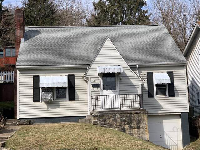 1221 Virginia Street, Martins Ferry, OH 43935 (MLS #4170108) :: The Crockett Team, Howard Hanna