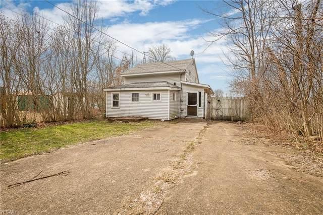 3221 Morris Avenue NE, Canton, OH 44705 (MLS #4170321) :: The Crockett Team, Howard Hanna