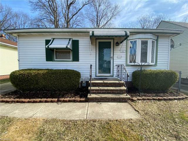 4223 W 15th Street, Cleveland, OH 44109 (MLS #4170561) :: RE/MAX Trends Realty