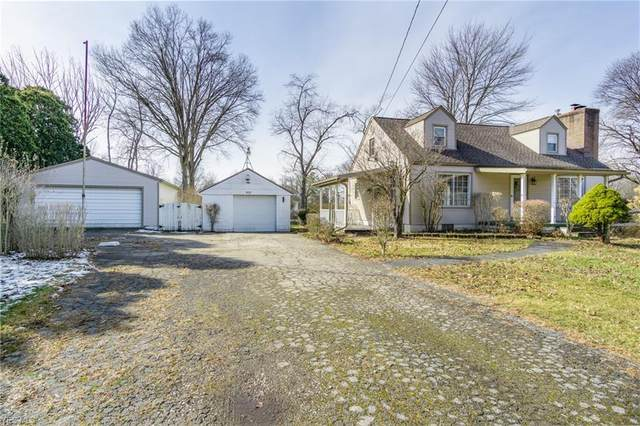 3410 Bell Wick Road, Hubbard, OH 44425 (MLS #4171726) :: RE/MAX Trends Realty
