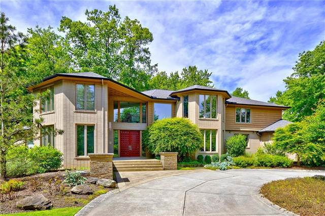 105 W Juniper Lane, Moreland Hills, OH 44022 (MLS #4174184) :: The Holly Ritchie Team