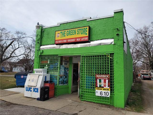 912 W 9th Street, Lorain, OH 44052 (MLS #4174200) :: The Crockett Team, Howard Hanna