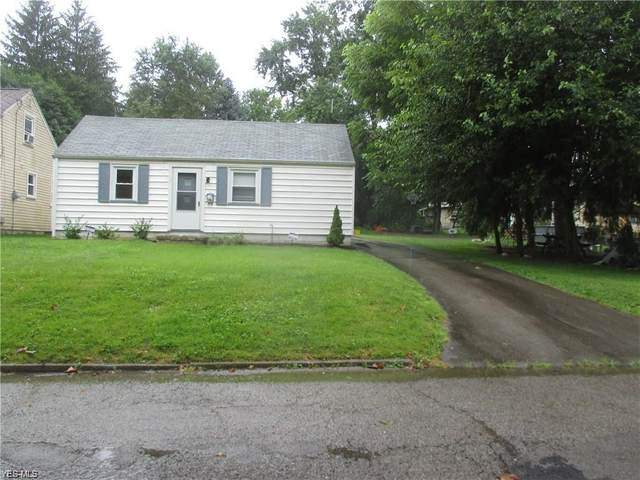 415 Tenth Street, Struthers, OH 44471 (MLS #4175706) :: Tammy Grogan and Associates at Cutler Real Estate