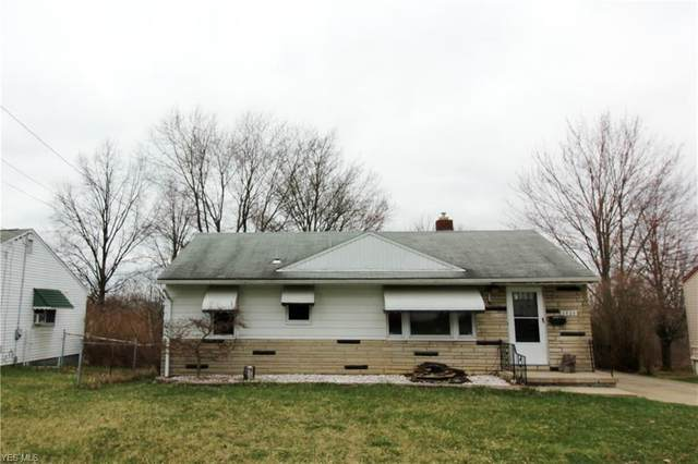 2820 Burbank Avenue, Youngstown, OH 44509 (MLS #4177066) :: The Holly Ritchie Team