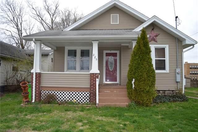 225 Maple Street, Belpre, OH 45714 (MLS #4177649) :: RE/MAX Trends Realty