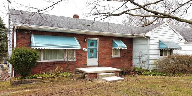 901 S Belle Vista Avenue, Youngstown, OH 44509 (MLS #4177701) :: The Holly Ritchie Team