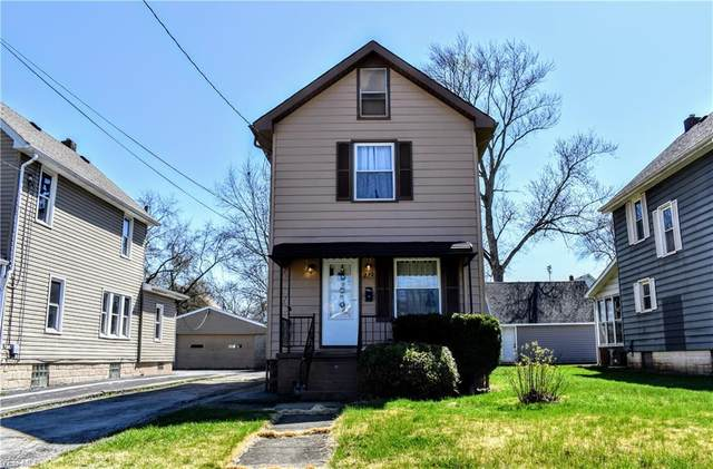 230 Maplewood Avenue, Struthers, OH 44471 (MLS #4179220) :: RE/MAX Edge Realty