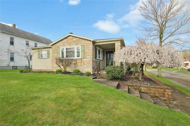 189 Center Street, Struthers, OH 44471 (MLS #4180679) :: The Holly Ritchie Team