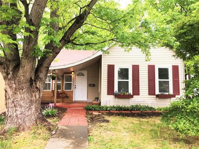 848 Chestnut Street, Parkersburg, WV 26101 (MLS #4186388) :: The Crockett Team, Howard Hanna