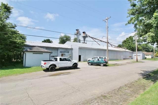 135 Kensington Avenue, Zanesville, OH 43701 (MLS #4186759) :: Krch Realty