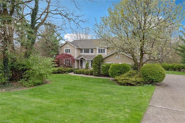 5560 Spring Grove Drive, Solon, OH 44139 (MLS #4187366) :: The Holden Agency