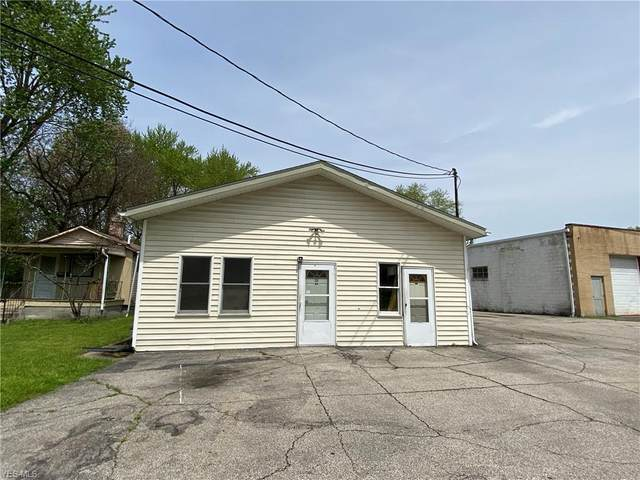 343 Griswold Street NE, Warren, OH 44483 (MLS #4188081) :: RE/MAX Valley Real Estate