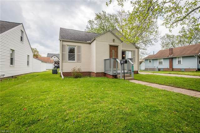 1228 Brooklyn Avenue SW, Canton, OH 44710 (MLS #4188783) :: The Holden Agency