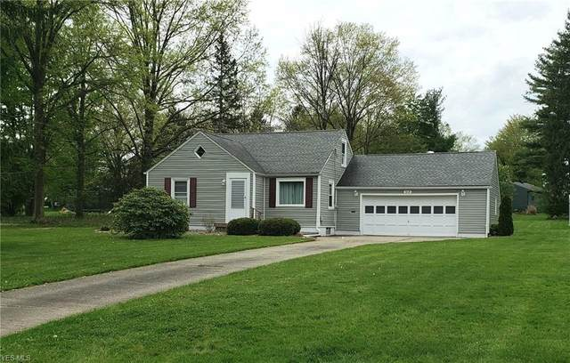3018 Kirkhaven Drive, Youngstown, OH 44511 (MLS #4188936) :: The Holly Ritchie Team