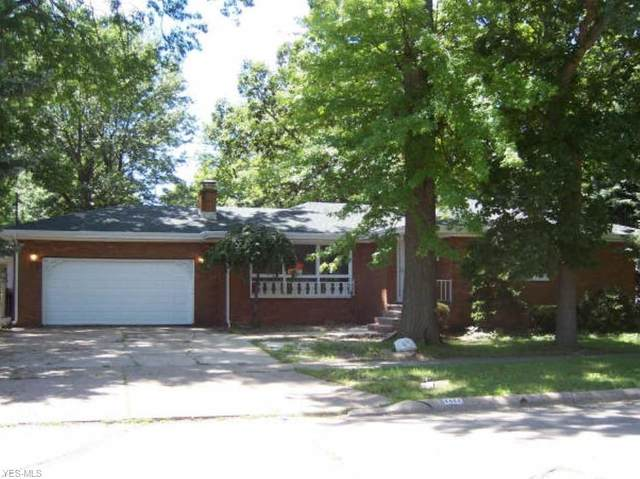 1404 New Jersey Avenue, Lorain, OH 44052 (MLS #4189573) :: The Holden Agency