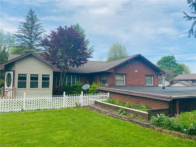 872 Carson Salt Springs Road, Lordstown, OH 44440 (MLS #4189965) :: The Holden Agency