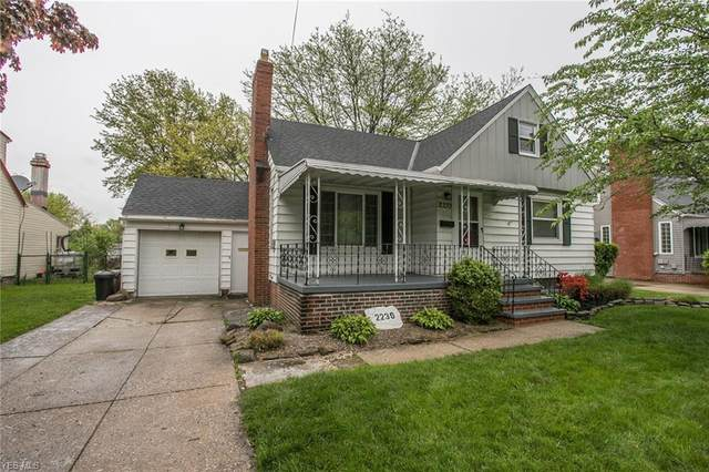 2239 Northview Road, Rocky River, OH 44116 (MLS #4190706) :: The Holly Ritchie Team