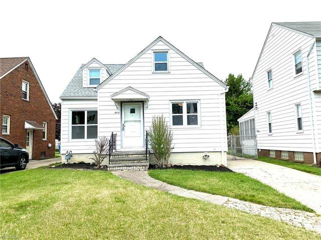 3910 Pershing Avenue, Parma, OH 44134 (MLS #4190835) :: RE/MAX Trends Realty