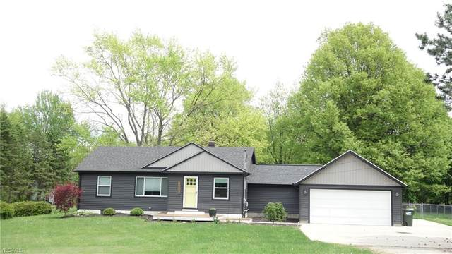 2885 Pickle Road, Green, OH 44312 (MLS #4190851) :: The Crockett Team, Howard Hanna
