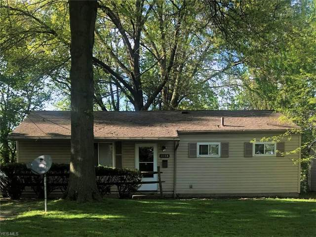 1853 Delia Avenue, Akron, OH 44320 (MLS #4190910) :: The Holden Agency