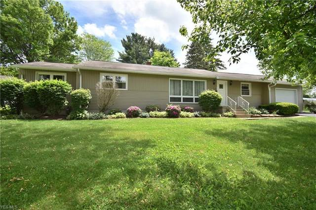 718 Sunset Drive, Lisbon, OH 44432 (MLS #4191435) :: Tammy Grogan and Associates at Cutler Real Estate