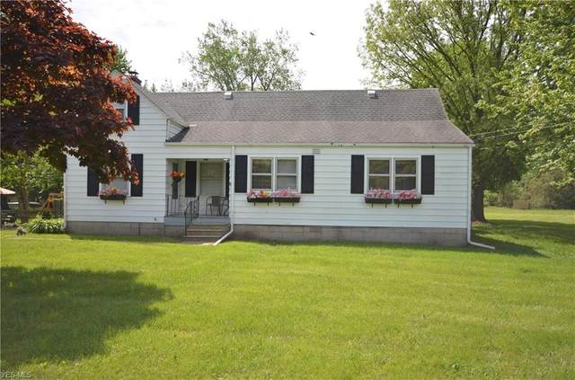 11902 W Lake Road, Vermilion, OH 44089 (MLS #4191685) :: The Crockett Team, Howard Hanna